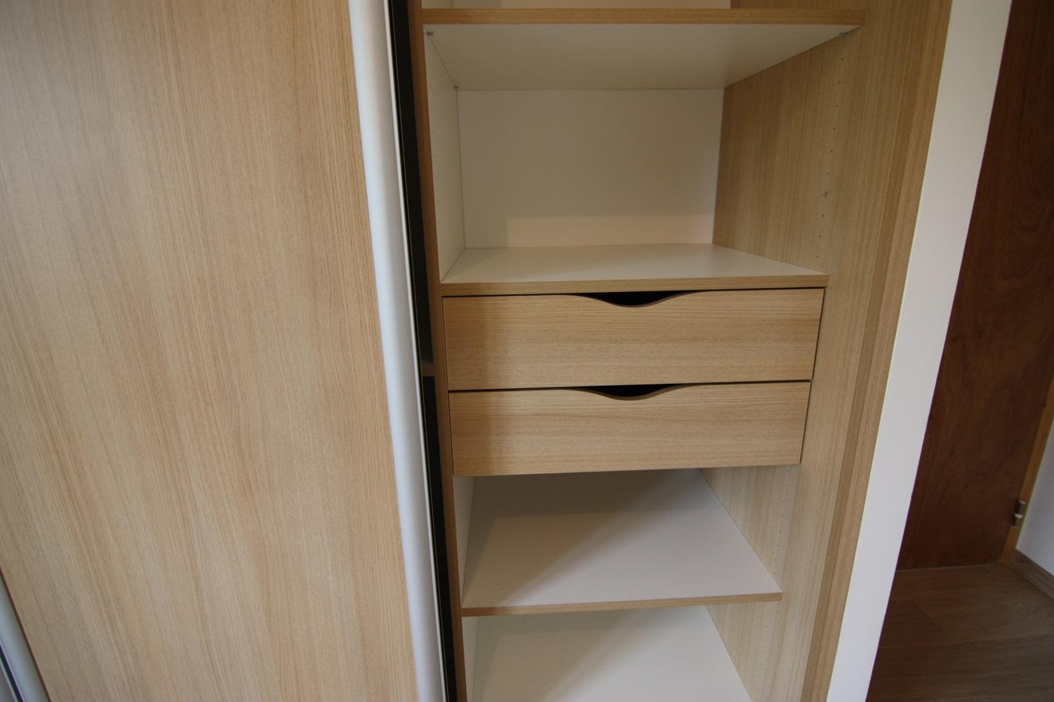 on donne un coup de neuf notre maison avec. Black Bedroom Furniture Sets. Home Design Ideas